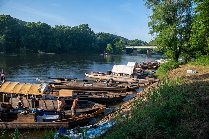 Bateaus on the James River