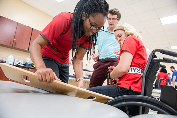 Lynchburg ranked among nation's Best Physical Therapy Programs by U.S. News