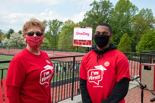 Lynchburg surpasses GiveDay 2021 donor goal