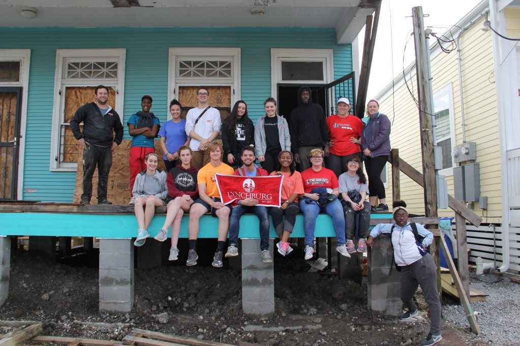 Students travel to New Orleans for service-learning, cultural experiences