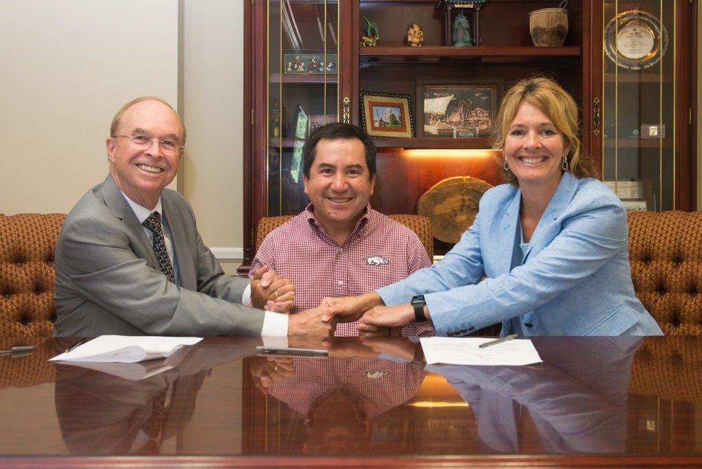 New study abroad in Bolivia results in new partnership for University