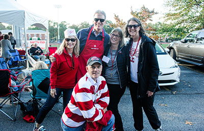 Group of alumni at Homecoming 2018 at tailgate event