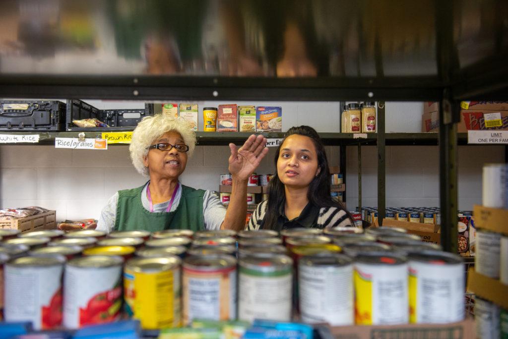Paramnistha Kanadiya and volunteer